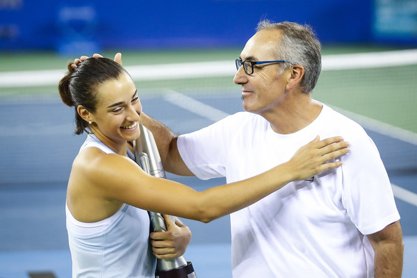 Caroline Garcia doit-elle suivre l'exemple Kristina Mladenovic ...