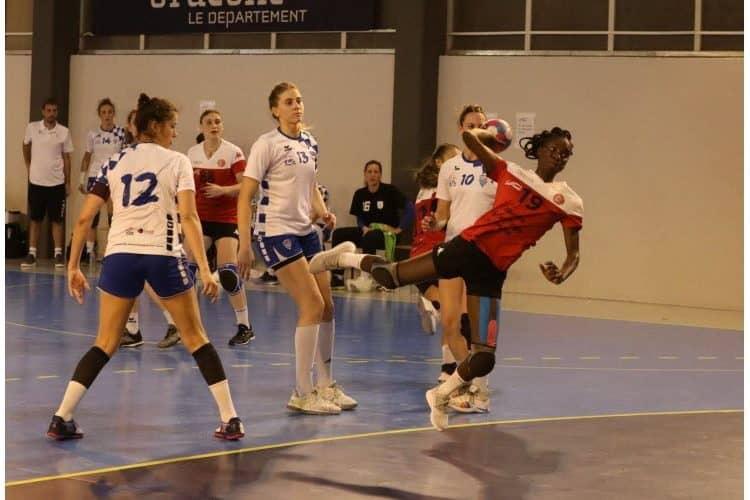 Adja Paye (Pouzin Handball)